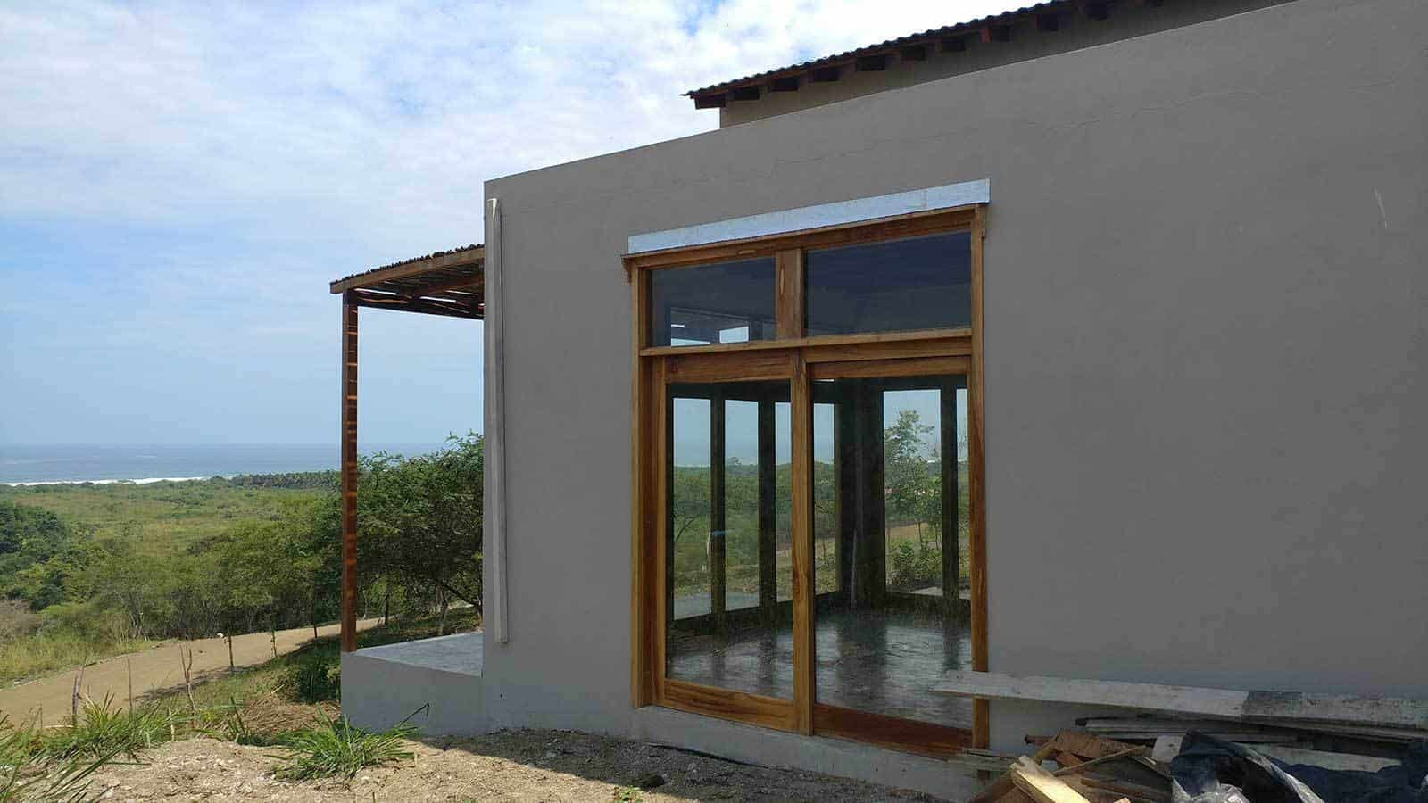 ayampe-ocean-view-house-exterior-side-01--1600x900