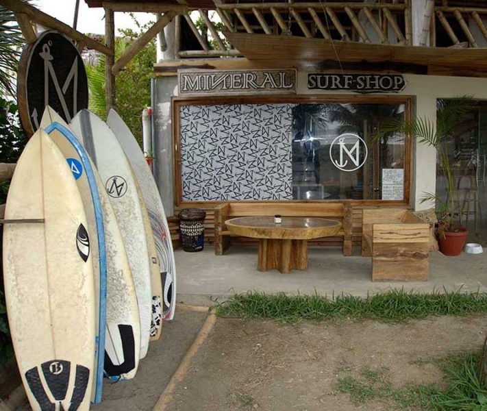 Mineral Surf Shop in Ayampe Ecuador