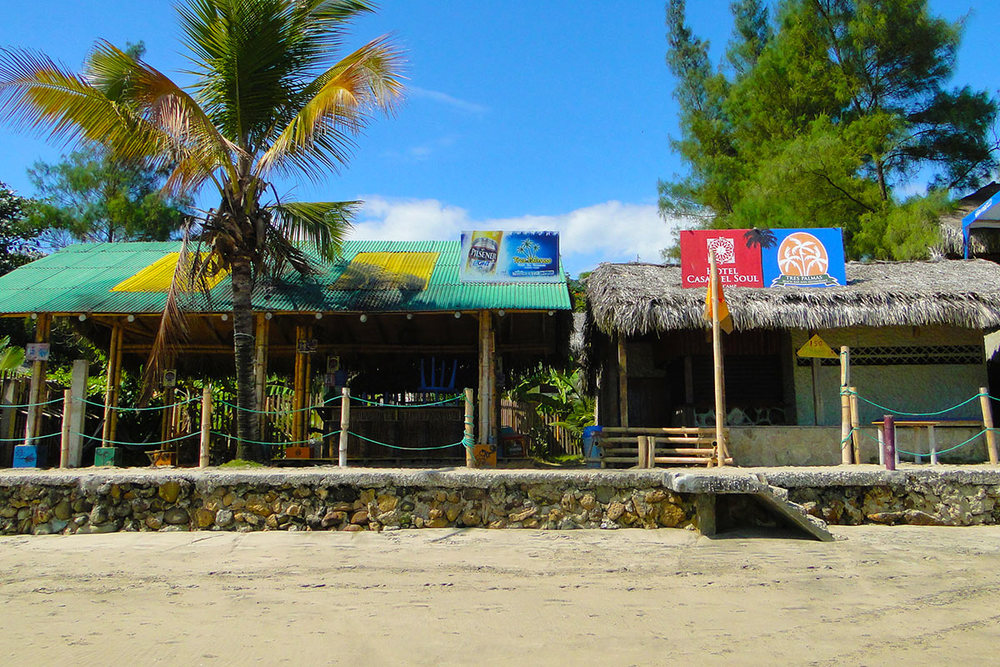 Exterior of Montanita Brewing Company on the coast of Ecuador